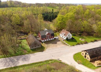 Diligensvägen 112- Margretetorp  Industrifastighet med villa och skog
